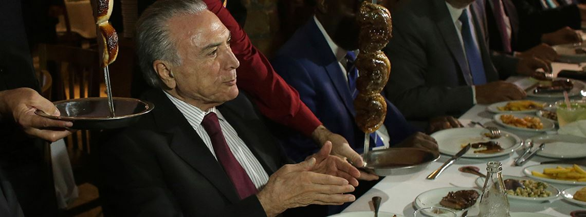 Brazil president Michel Temer sought to downplay the scandal by taking his ministers out to eat © AP/Eraldo Peres/PA Images