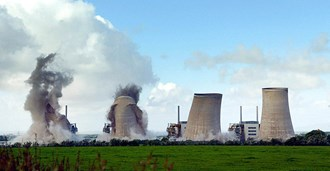 The cooling towers at Chapelcross power station in Dumpfries, which is being decommissioned, were demolished in 2007 ©PA Images