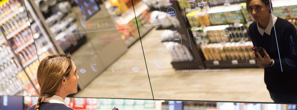 Is it good for me? Where's it from? Digital screens in Milan's Coop offer product info. © Coop Italia