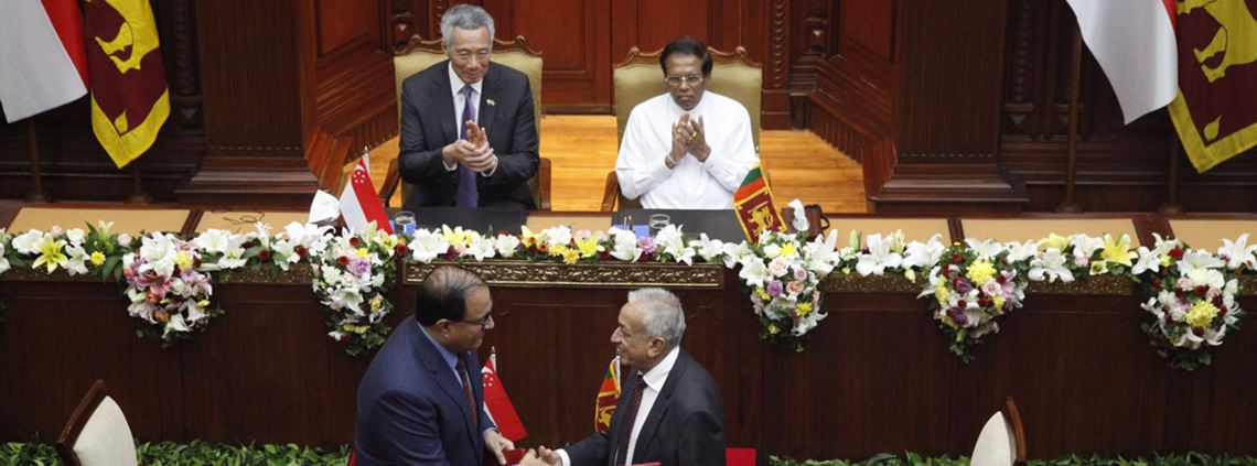 The countries' trade ministers signed the FTA in the presence of prime minister Lee and president Sirisena © PA Images
