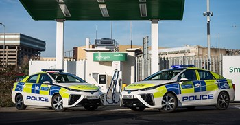 The Met Police have already added 11 Toyota Mirai hydrogen fuel cars to its fleet © Toyota