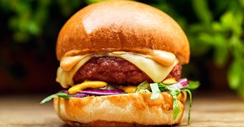 "The burger uses beetroot juice to give it a meat-like ""bleeding"" effect © George Whale"