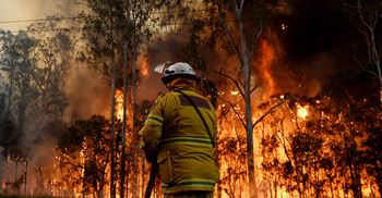 An elevated risk of bushfires could directly impact generators and transmission networks ©AAP/PA Images