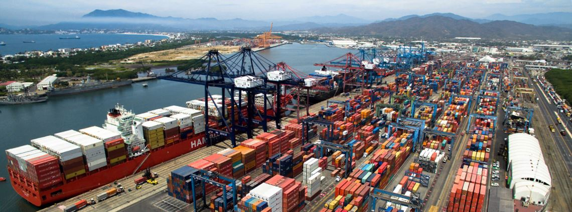 The Port of Manzanillo is Mexico's busiest and the main gateway for Asian exports © SSA Mexico.com