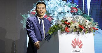 President of Huawei SEA presents at their 2019 Core Partner Convention in Thailand. © Huawei