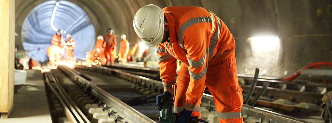 The report said a recent study had found that 80% of all large projects globally experience cost or programme overruns. © Crossrail Ltd.