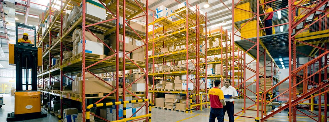 The digital twin warehouse uses the Internet of Things and data analytics. © DHL