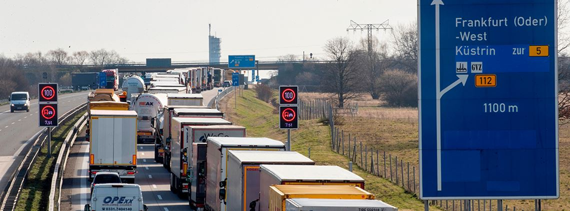 Lorries are queuing at borders as European borders are tightened to stop the spread of coronavirus © AFP/Getty Images