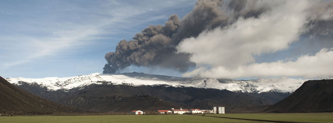 The Eyjafjallajökull volcano eruption and ash clouds presented a major challenge for supply chains © AFP/Getty Images