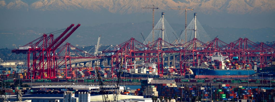 September was the Port of Los Angeles' busiest month in history with 883,625 20ft equivalent units © Getty Images