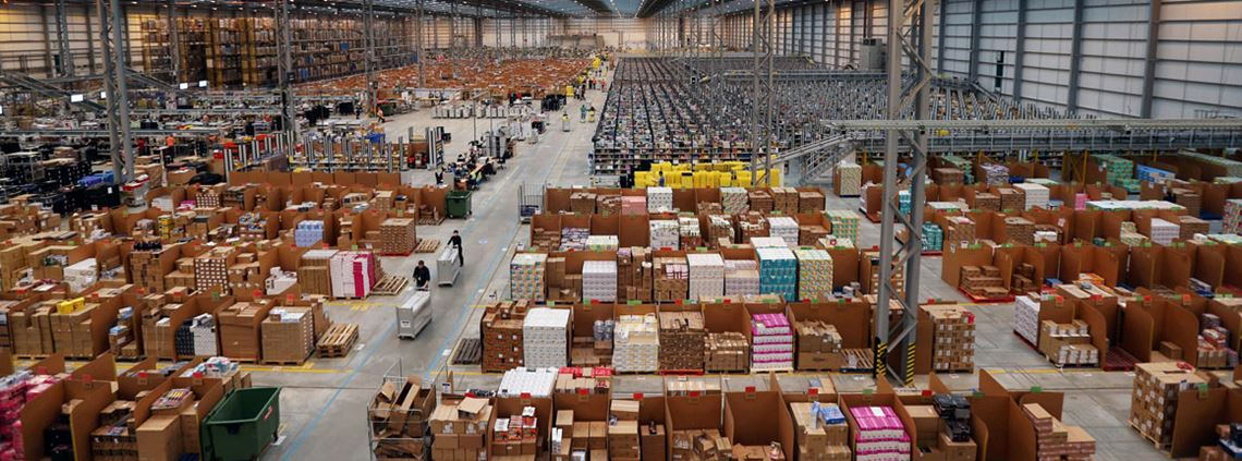Amazon warehouse © Getty Images
